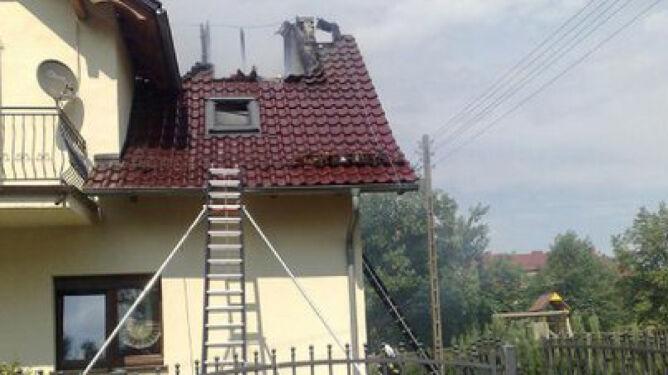 Dom bez dachu. Uderzył piorun