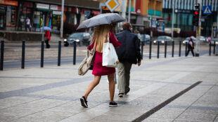 Prognoza pogody na jutro: pochmurno i z przelotnym deszczem