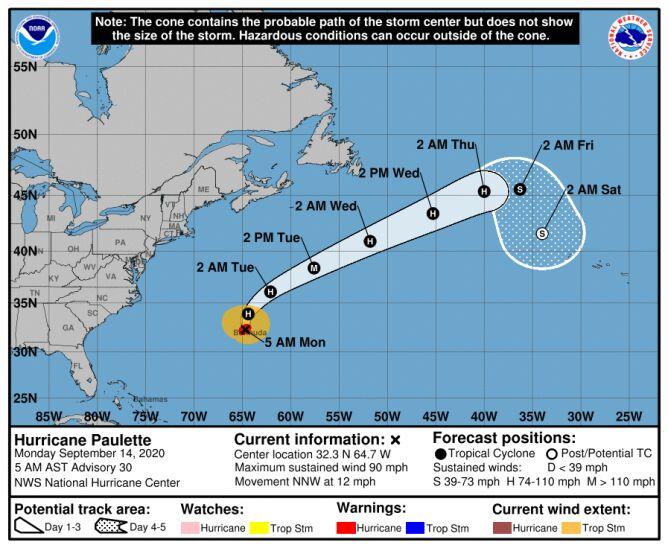 Trasa przebiegu huraganu Paulette (NHC, NOAA)